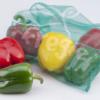 Umweltschonender Fregie mit Paprika - der wiederverwendbare Obst- und Gemüsebeutel